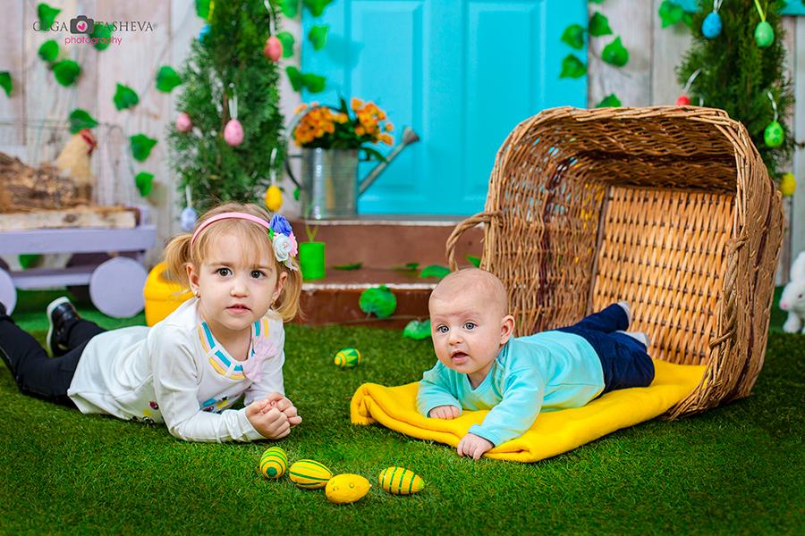 Детска фотосесия на Кари и Иван при фотограф Олга Ташева. Фото студио Варна. Детска, бебешка и семейна фотография. Фотограф Варна - 426356