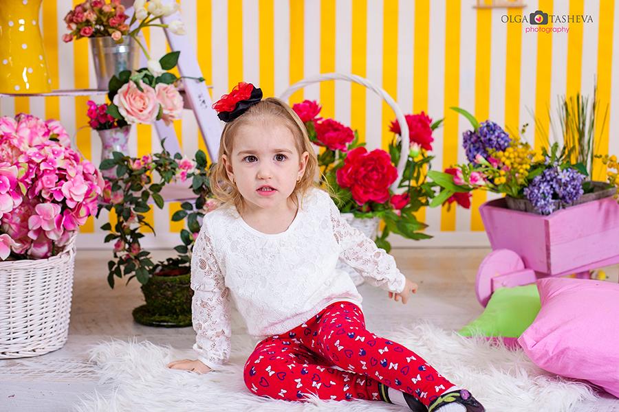 Детска фотосесия на Кари и Иван при фотограф Олга Ташева. Фото студио Варна. Детска, бебешка и семейна фотография. Фотограф Варна - 5435747