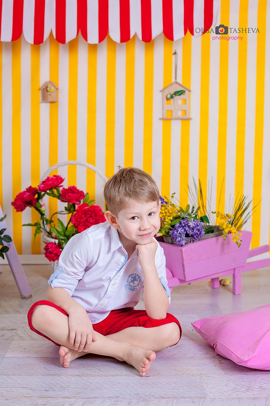 Детска фотосесия на Дечко при фотограф Олга Ташева. Фото студио Варна. Детска, бебешка и семейна фотография. Фотограф Варна -85643