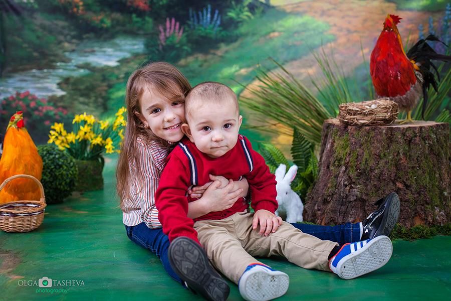 Детска фотосесия на Емир и Хелин при фотограф Олга Ташева. Фото студио Варна. Детска, бебешка и семейна фотография. Фотограф Варна - 2342588