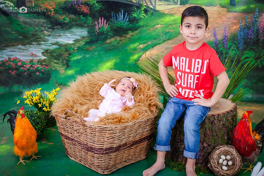 Детска фотосесия на Ростислав и Стелияна при фотограф Олга Ташева. Фото студио Варна. Детска, бебешка и семейна фотография. Фотограф Варна - 325663