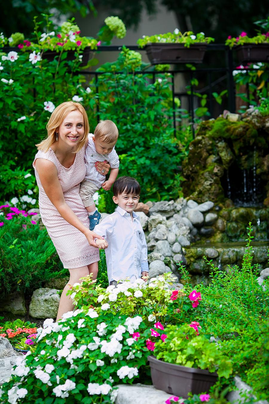 Кръщене на Йоан при фотограф Олга Ташева. Фото студио Варна. Детска, бебешка и семейна фотография. Фотограф Кръщене Варна - 79684