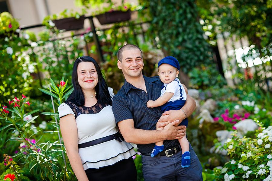 Кръщене на Калоян при фотограф Олга Ташева. Фото студио Варна. Детска, бебешка и семейна фотография. Фотограф Кръщене Варна - 4564353