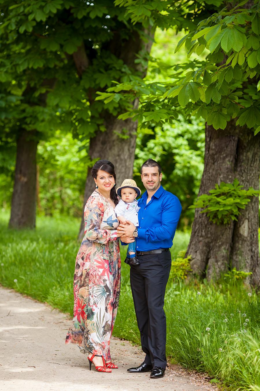 Кръщене на Симеон при фотограф Олга Ташева. Фото студио Варна. Детска, бебешка и семейна фотография. Фотограф Кръщене Варна - 878785764645