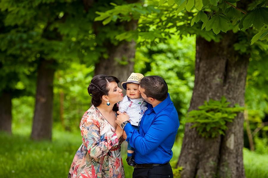 Кръщене на Симеон при фотограф Олга Ташева. Фото студио Варна. Детска, бебешка и семейна фотография. Фотограф Кръщене Варна - 3244678