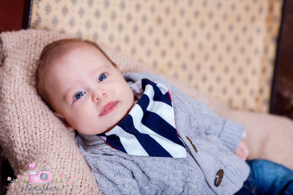 Детски фотограф Варна. Бебешка фотосесия на Филип при фотограф Олга Ташева в студио. Бебешка, детска и семейна фотография-89898