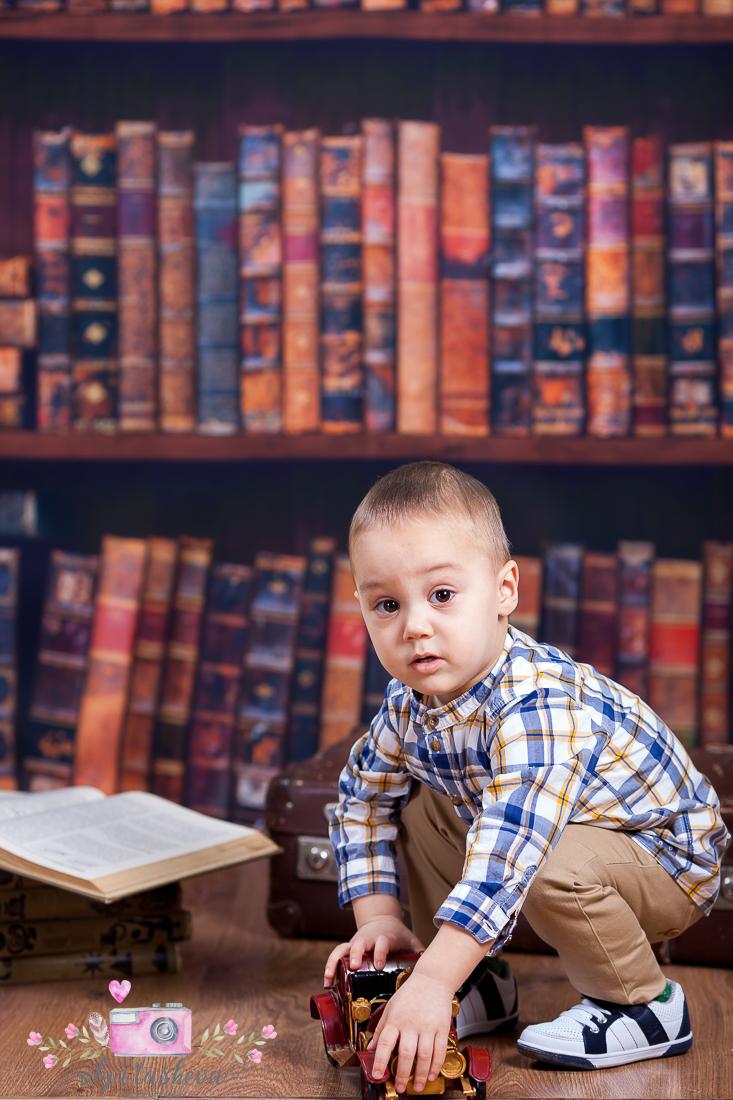 Детски фотограф Варна. Детска фотосесия на Тео при фотограф Олга Ташева в студио. Бебешка, детска и семейна фотография-24226
