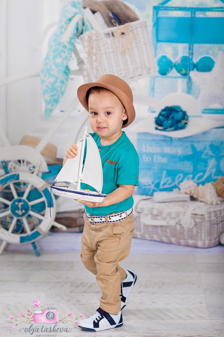 Детски фотограф Варна. Детска фотосесия на Тео при фотограф Олга Ташева в студио. Бебешка, детска и семейна фотография-3894