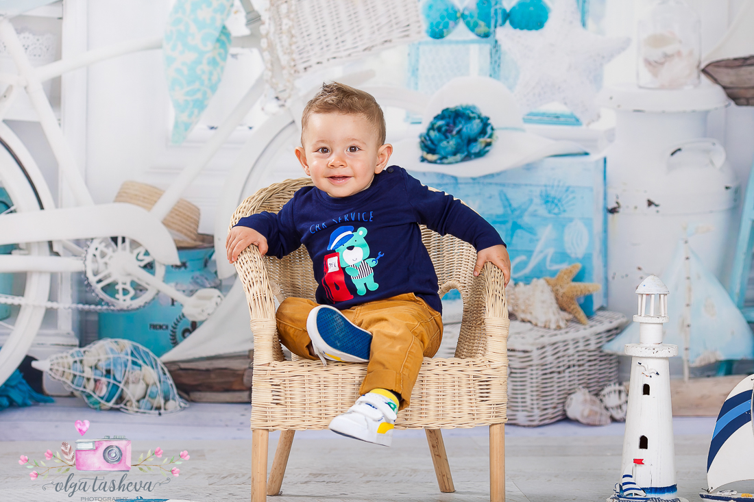 Детски фотограф Варна. Детска фотосесия на Юли при фотограф Олга Ташева в студио. Бебешка, детска и семейна фотография-02