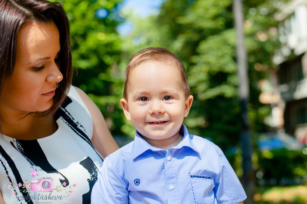 Фотограф за Кръщене Варна. Фотозаснемане на кръщене на Васил от фотограф Олга Ташева в студио. Бебешка, детска и семейна фотография-02