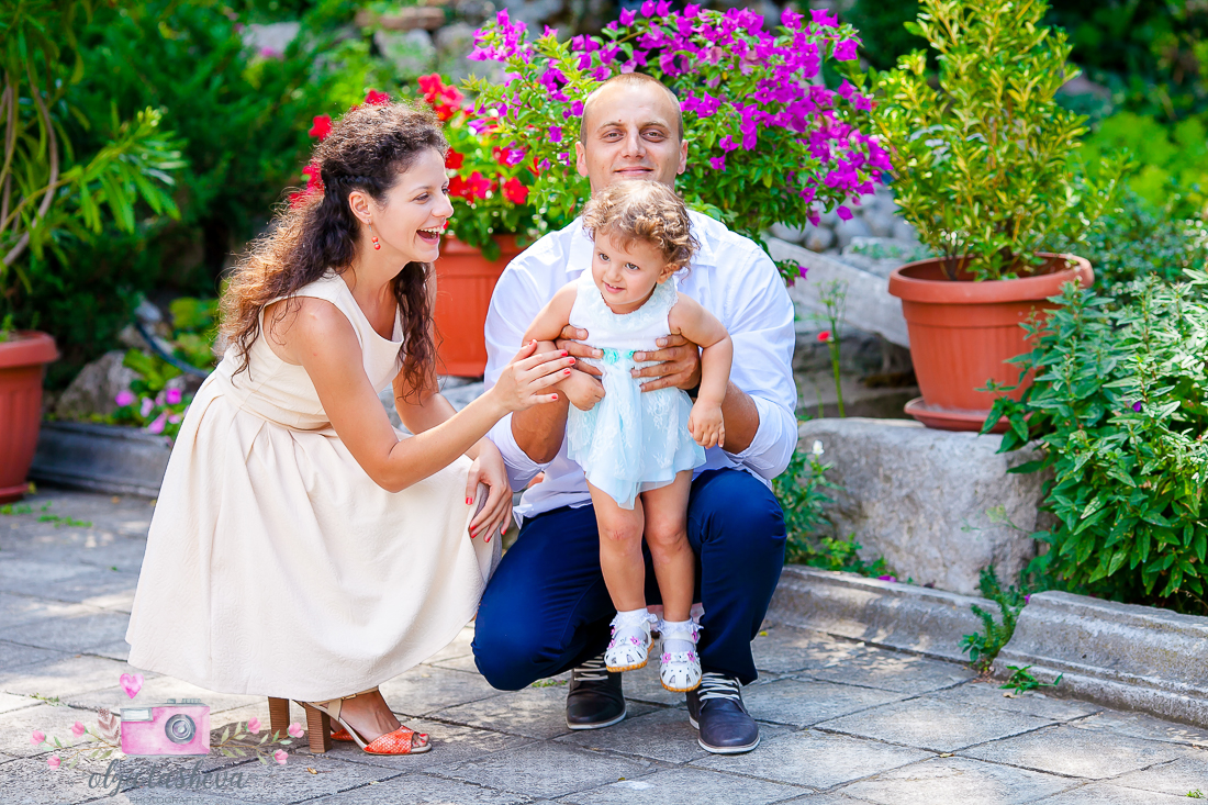 Фотограф за кръщене Варна. Фотозаснемане на кръщене на Елица от фотограф Олга Ташева. Бебешка, детска и семейна фотография-01
