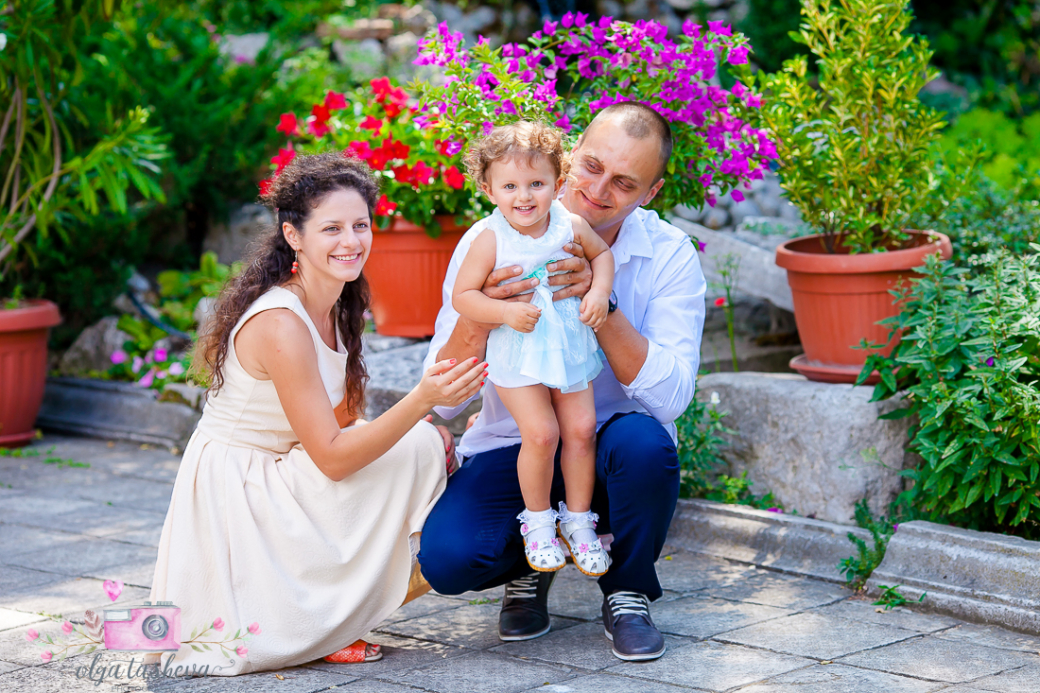 Фотограф за кръщене Варна. Фотозаснемане на кръщене на Елица от фотограф Олга Ташева. Бебешка, детска и семейна фотография-02