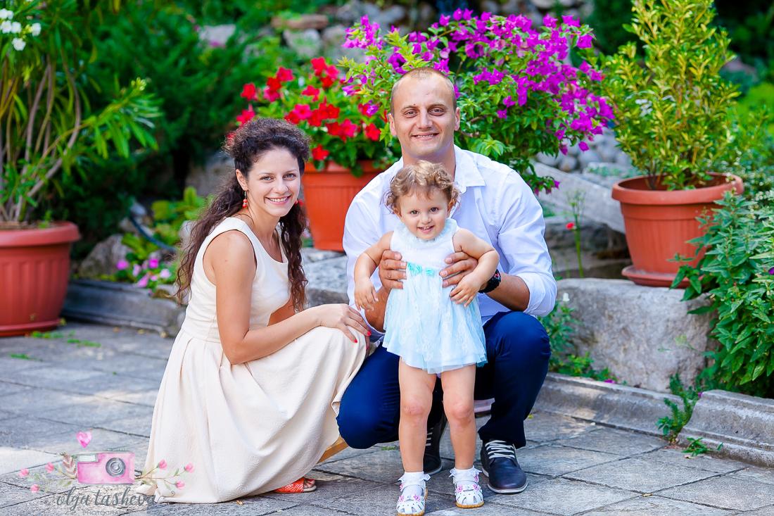 Фотограф за кръщене Варна. Фотозаснемане на кръщене на Елица от фотограф Олга Ташева. Бебешка, детска и семейна фотография-03