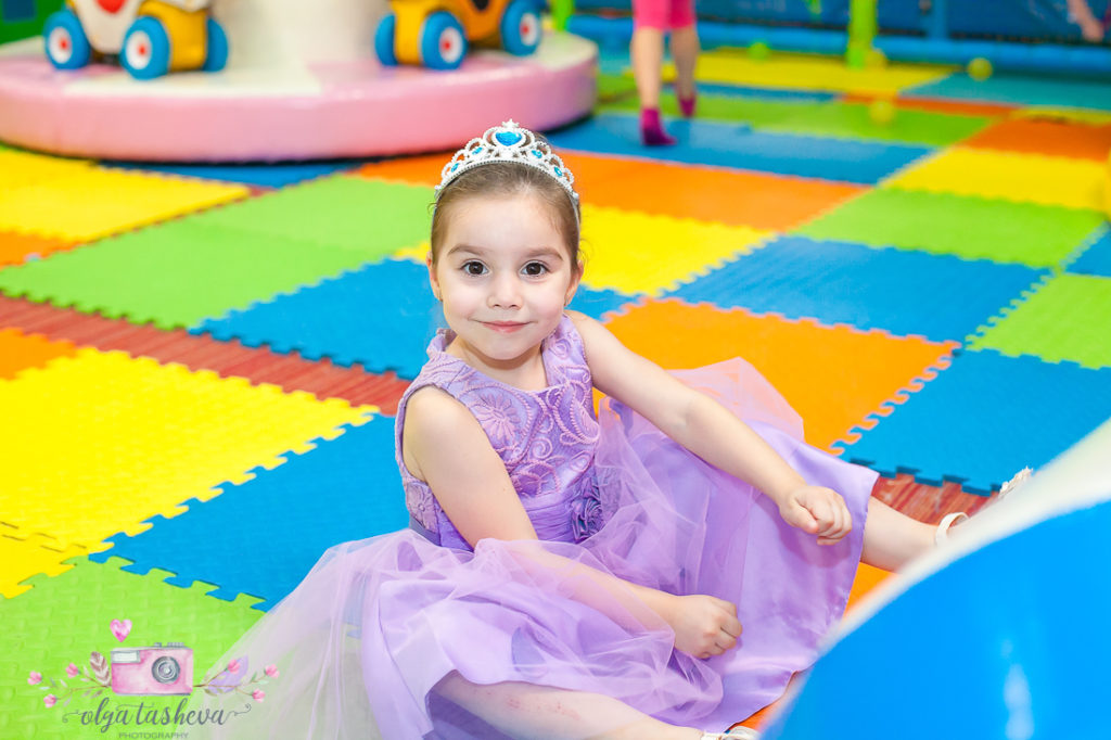 Рожден ден Вики при фотограф Олга Ташева - Варна. Фотограф Варна, детски фотограф Варна, детска фотосесия-5695