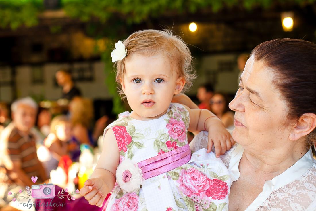 Фотограф за детски рожден ден Варна. Фотозаснемане на рожден ден на Кайла и Ванеа от фотограф Олга Ташева в студио. Бебешка, детска и семейна фотография-01