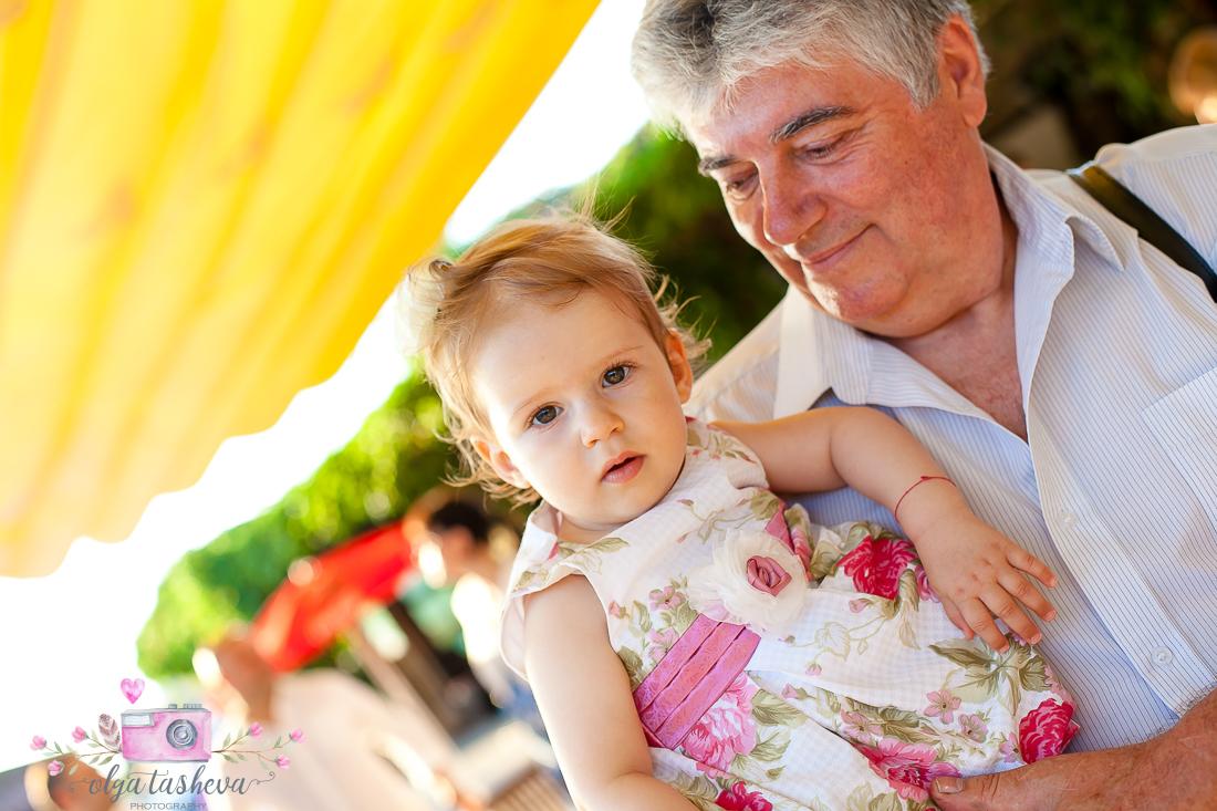 Фотограф за детски рожден ден Варна. Фотозаснемане на рожден ден на Кайла и Ванеа от фотограф Олга Ташева в студио. Бебешка, детска и семейна фотография-2