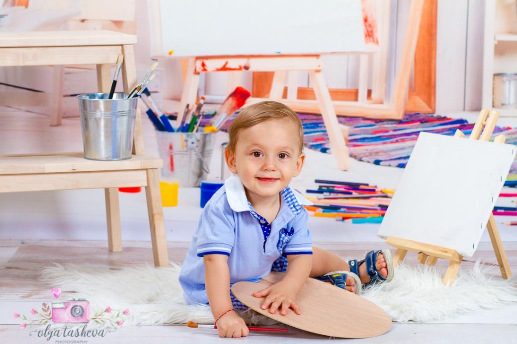 Детски фотограф Варна. Детска фотосесия на Алесио при фотограф Олга Ташева в студио. Бебешка, детска и семейна фотография-01