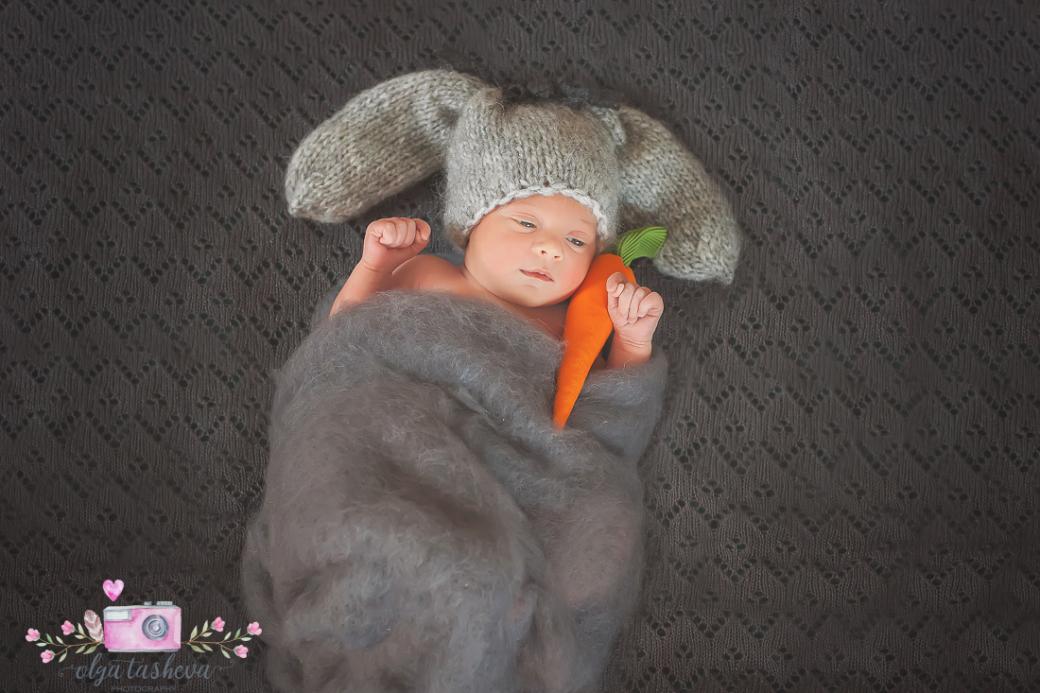 Фотосесия на новородено Адел при фотограф Олга Ташева. Фото студио Варна. Детска, бебешка и семейна фотография-23