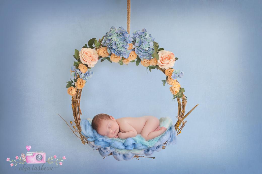 Фотосесия на новородено Давид при фотограф Олга Ташева. Фото студио Варна. Детска, бебешка и семейна фотография-30