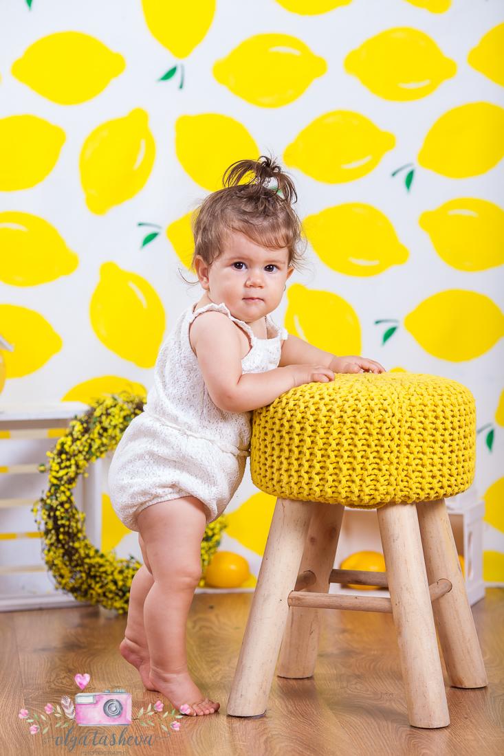 Бебешки фотограф Варна. Бебешка фотосесия на Ивайла при фотограф Олга Ташева в студио. Бебешка, детска и семейна фотография-2