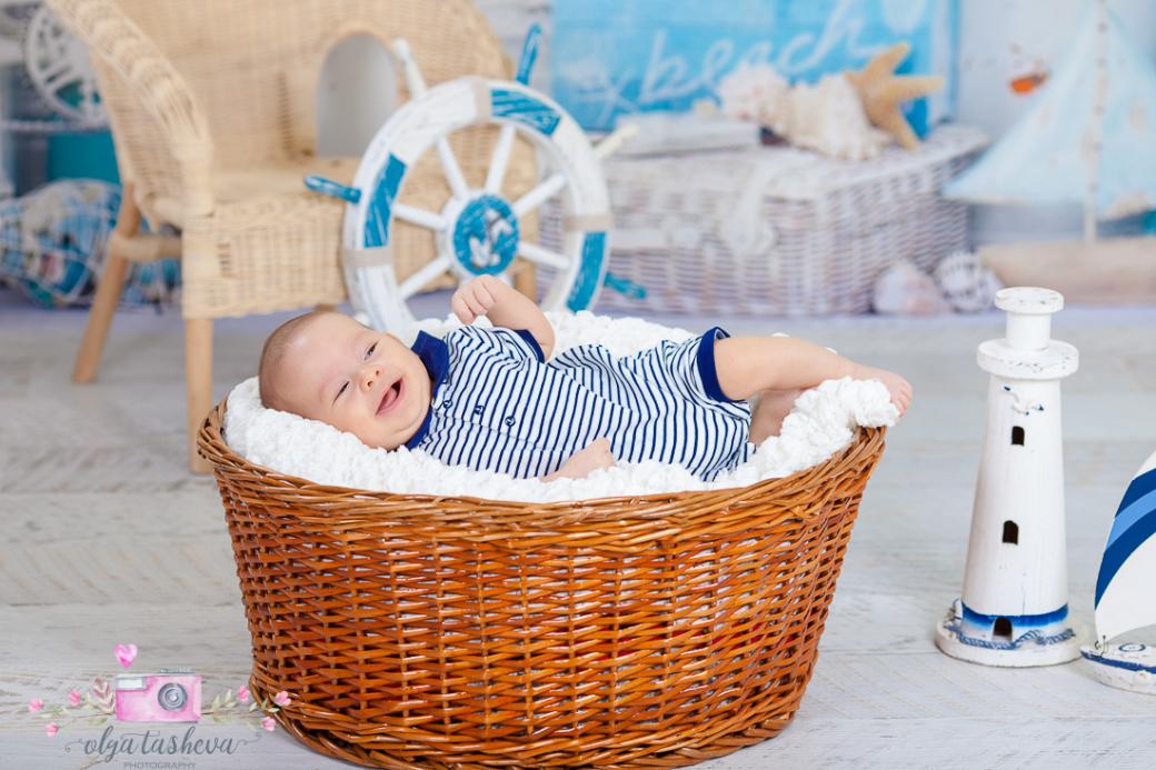 Бебешки фотограф Варна. Бебешка фотосесия на Филип при фотограф Олга Ташева в студио. Бебешка, детска и семейна фотография-2