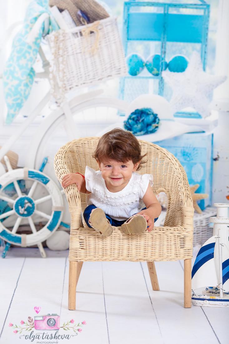 Детски фотограф Варна. Детска фотосесия Алекс при фотограф Олга Ташева в студио. Бебешка, детска и семейна фотография-2