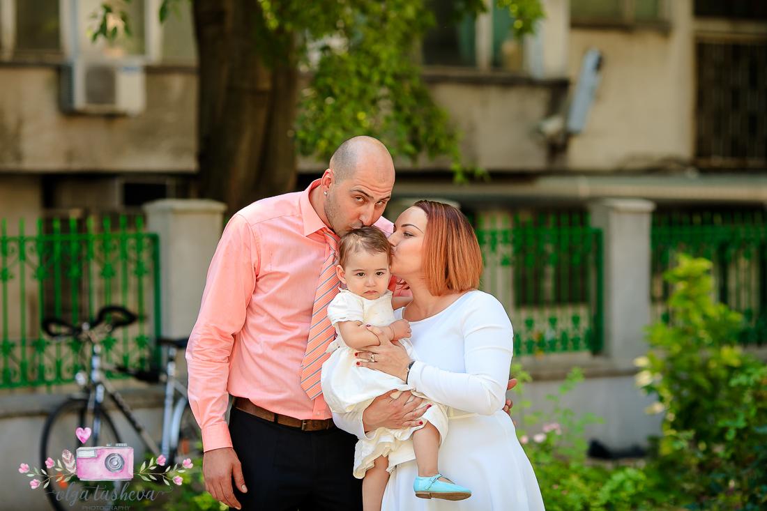 Фотограф за кръщене Варна. Фотозаснемане на кръщене на Ана-Мариа от фотограф Олга Ташева. Бебешка, детска и семейна фотография-3