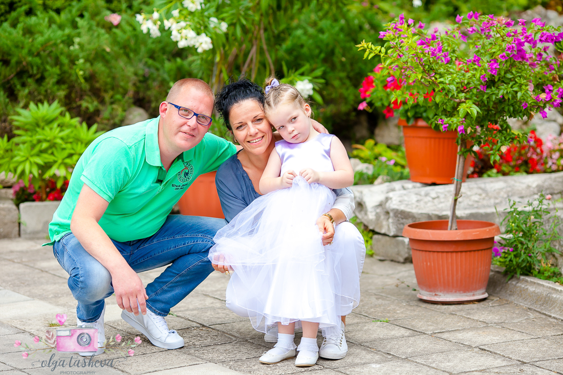 Фотограф за кръщене Варна. Фотозаснемане на кръщене на Никола и Мадалин от фотограф Олга Ташева. Бебешка, детска и семейна фотография-2