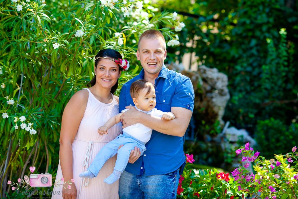 Фотограф за кръщене Варна. Фотозаснемане на кръщене на Теодор от фотограф Олга Ташева. Бебешка, детска и семейна фотография-1