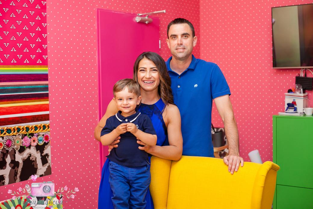 Фотограф за детски рожден ден Варна. Фотозаснемане на рожден ден на Алекс от фотограф Олга Ташева в студио. Бебешка, детска и семейна фотография-1